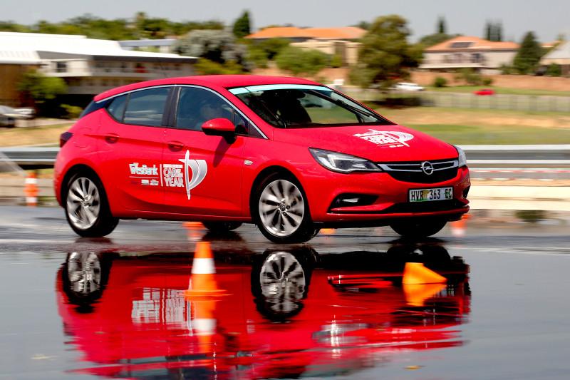 Opel Astra 1.6 Turbo Sport Plus. image : Inge Hendricks
