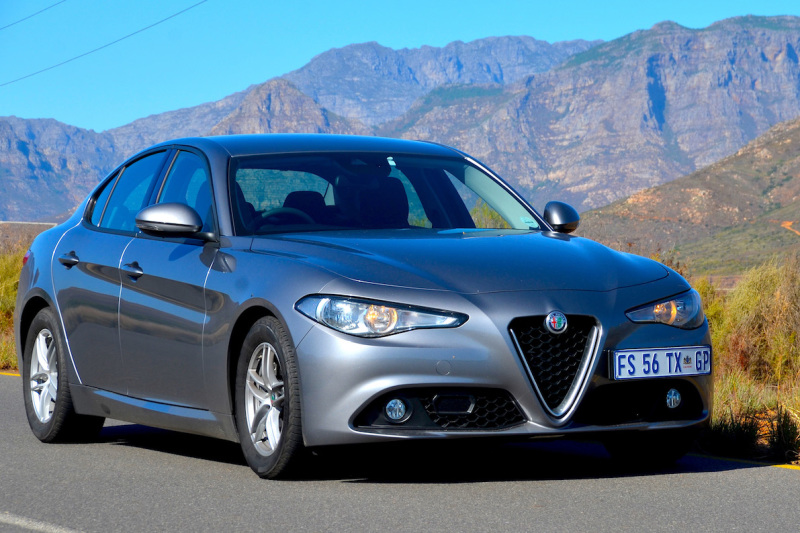 Alfa Romeo Giulia 2.0 base