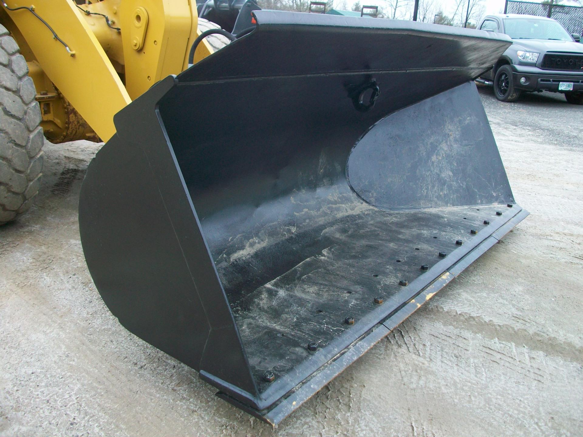 CAT side dump bucket, 938, 950, 966, $18,000