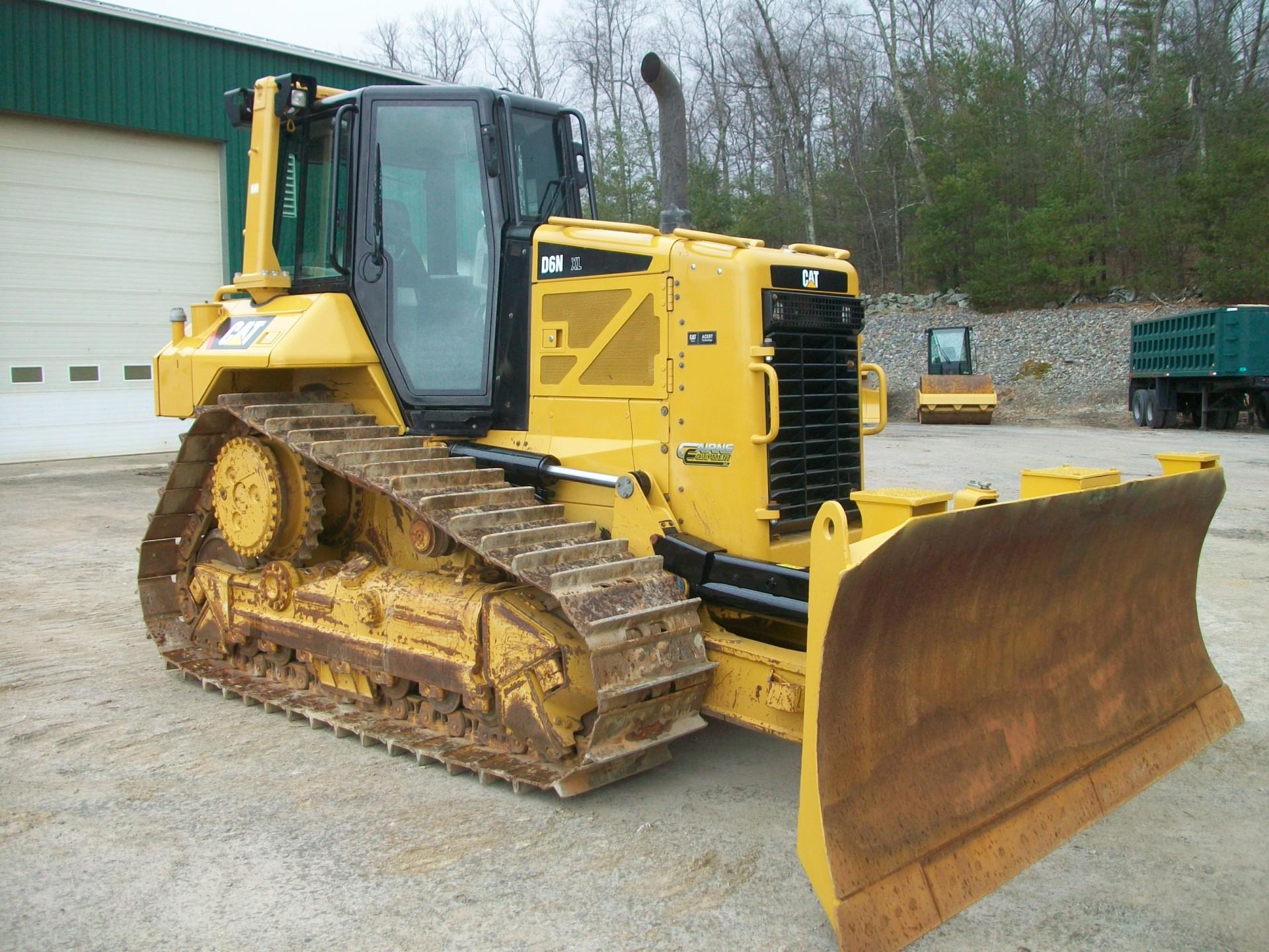 2014 CAT D6N XL, $200,000