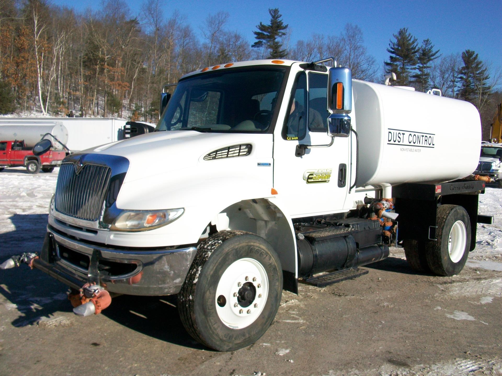 2009 International 4400 water truck, $38,500