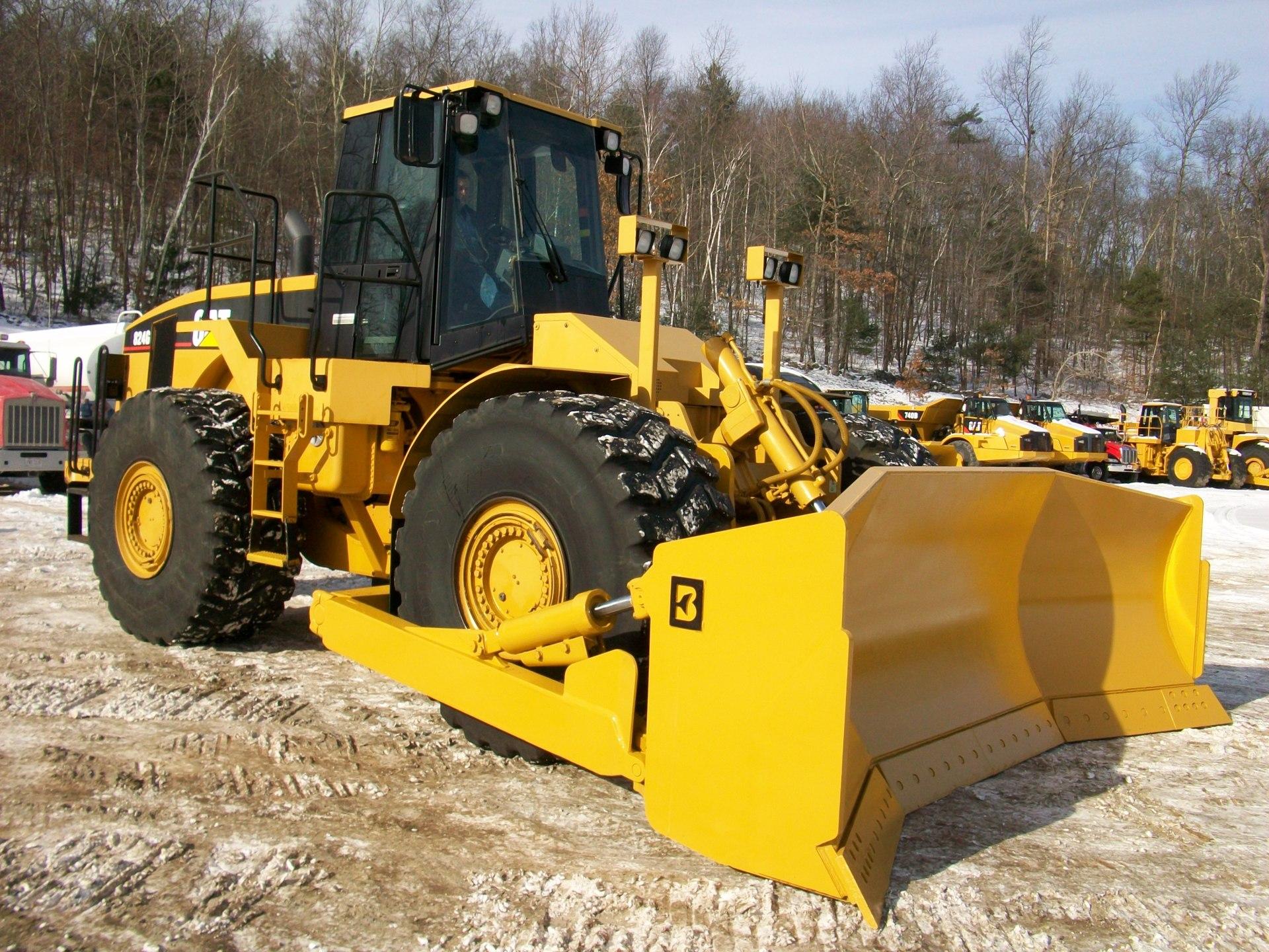 2002 CAT 824G, $250,000