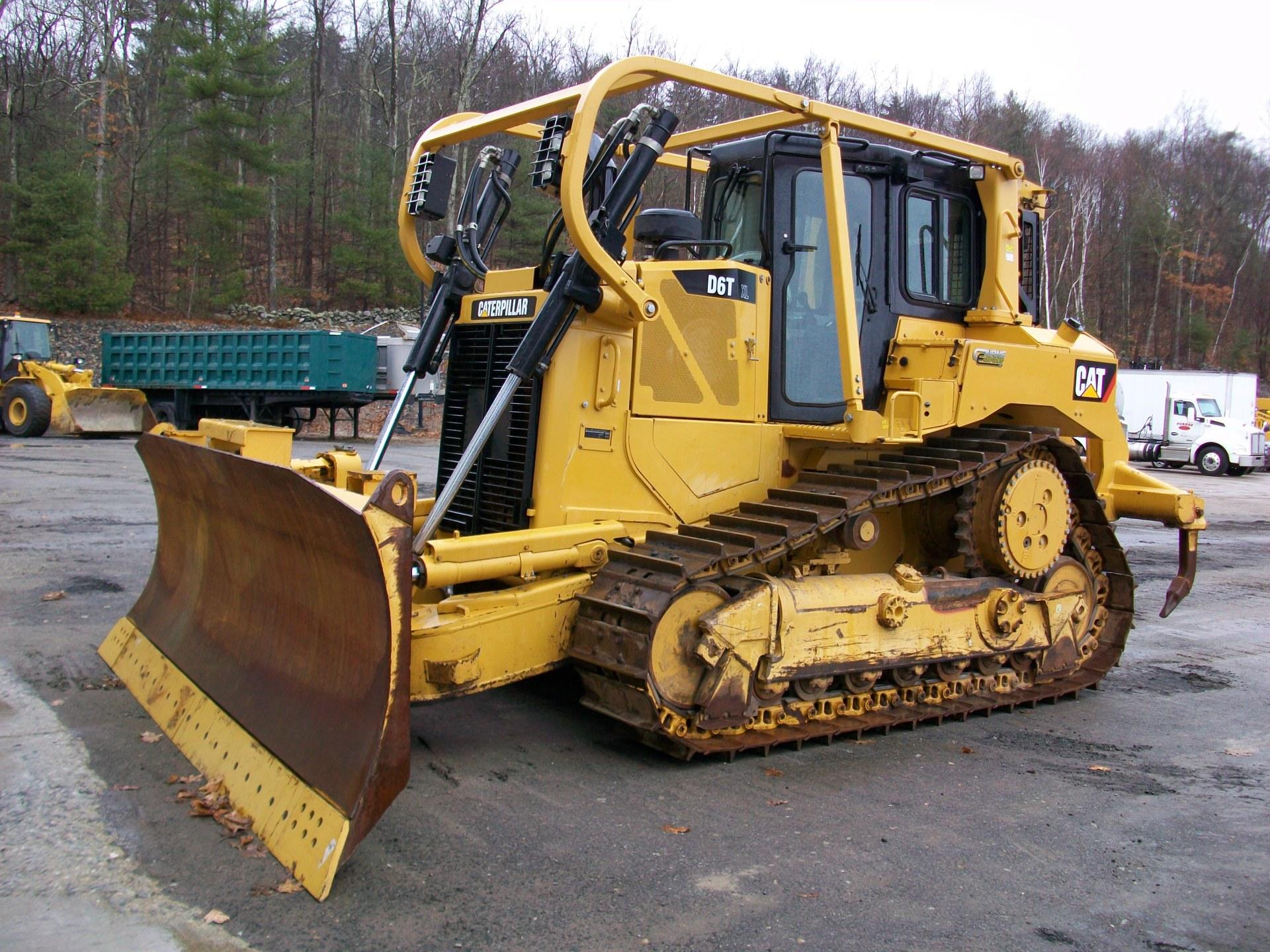 2012 CAT D6TXL, $215,000