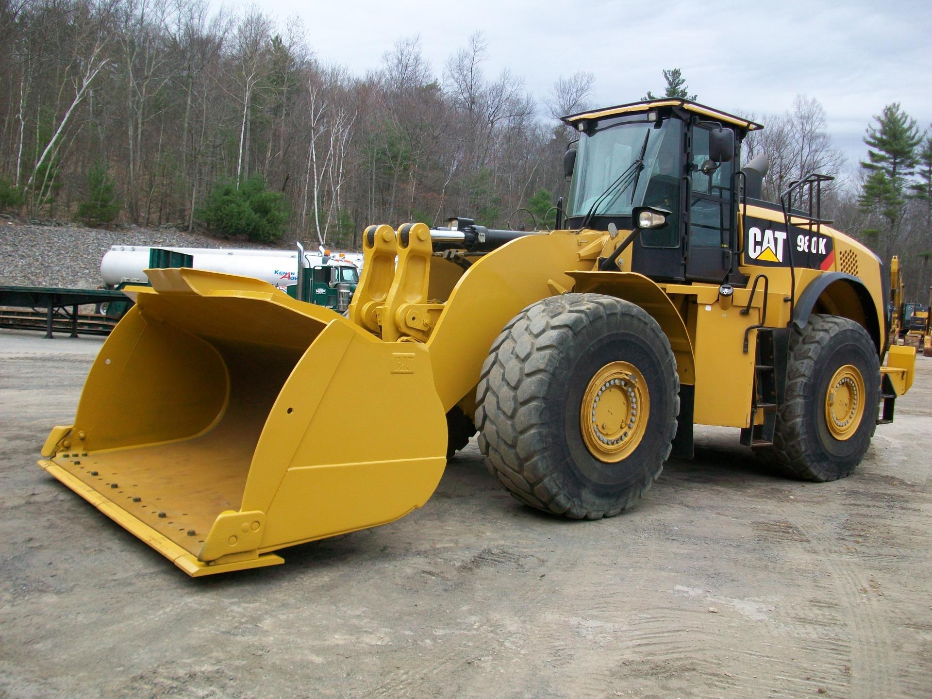 2012 CAT 980K, $250,000