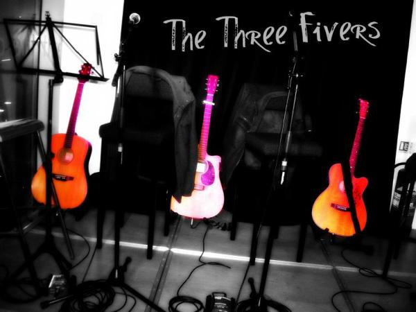 The Three Fivers, The Alley Strabane
