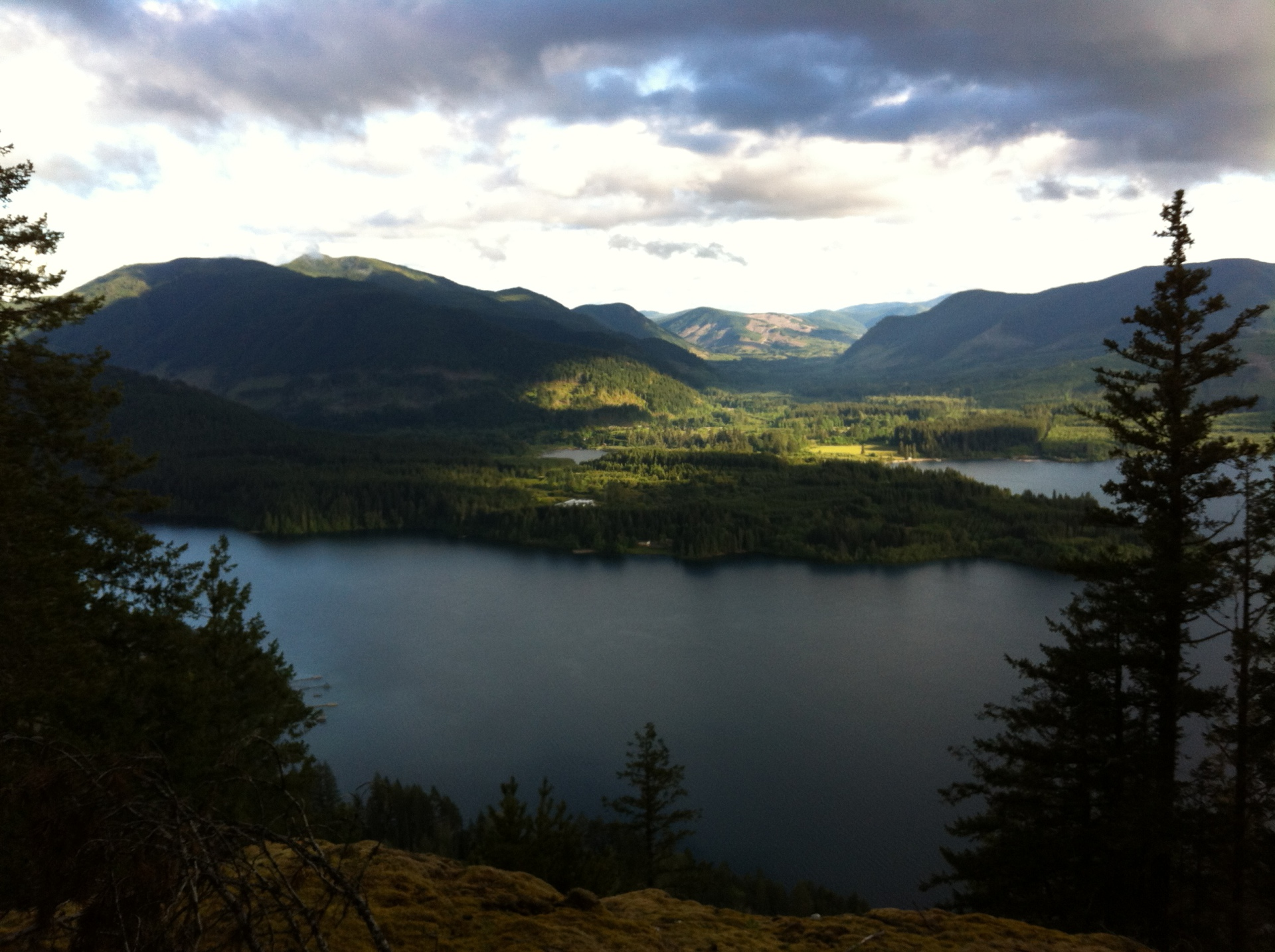 beautiful Lake Cowichan