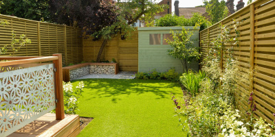 Photo of St Albans garden showing lawn, shed and gabion bench