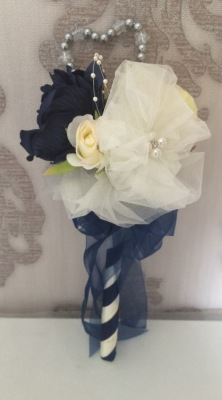 Romantica Ivory & Navy Peony & rose in Flower girl wand £12