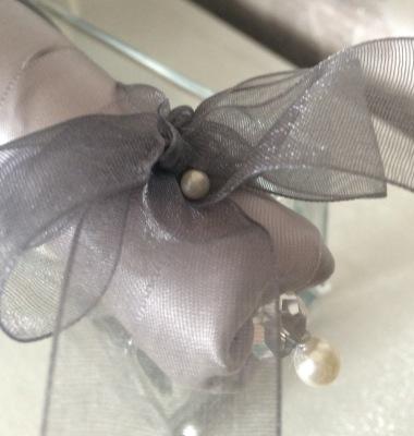 Preciosa crystal & pearl detail at base of satin ribbon handle