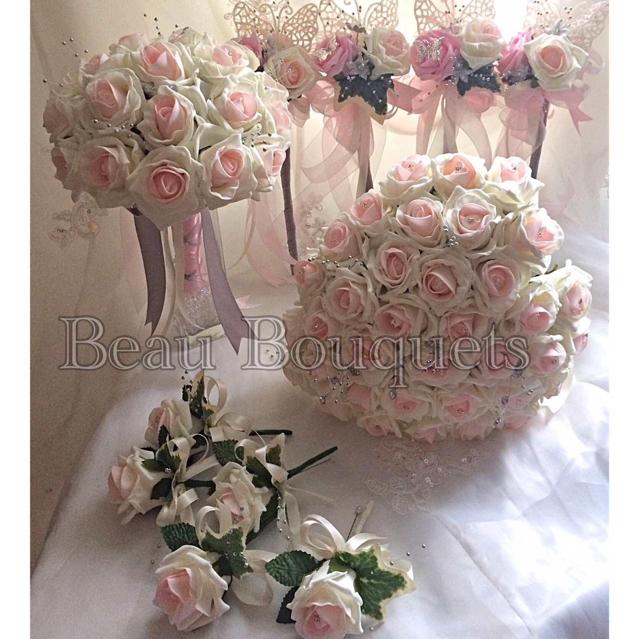 SWEETHEART - Rose love-heart Bride bouquet package Pink blush foam rose Love heart shaped bride bouquet with full handle & diamante detail