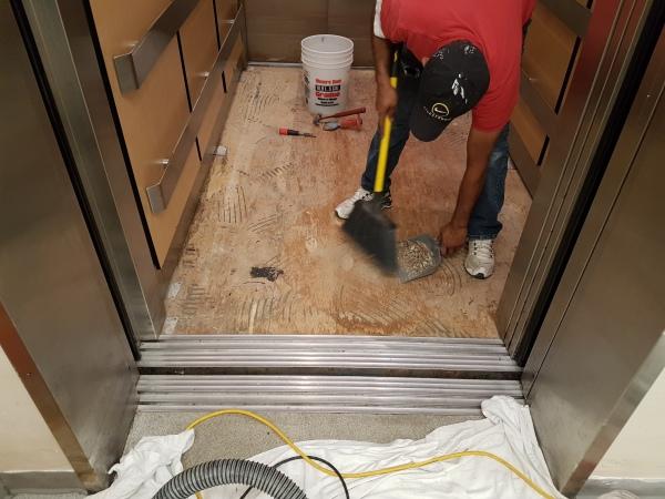 Elevator Floornig