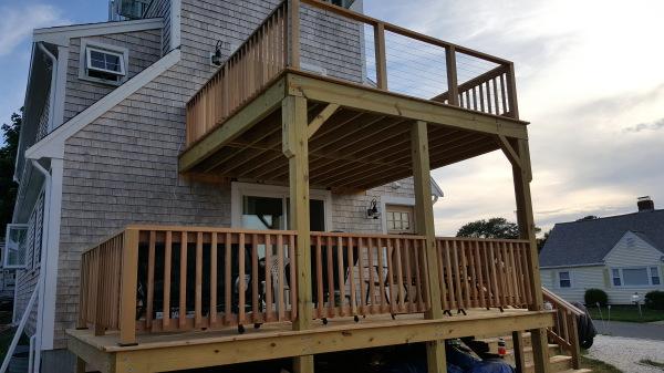 Cedar Deck w/Stainless Steel Railing