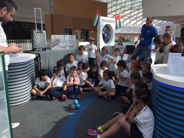 Student and schools  trip to Innovators Store at Dubai Festival City Mall