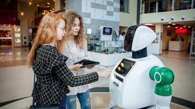 Social Robotics for Business at Innovators Store