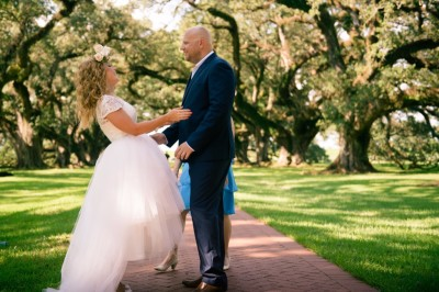 Bride & Groom at Oak Alley Plantation