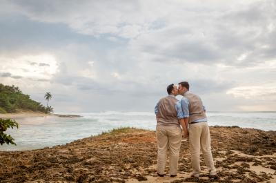 Grooms eloping in Puerto Rico