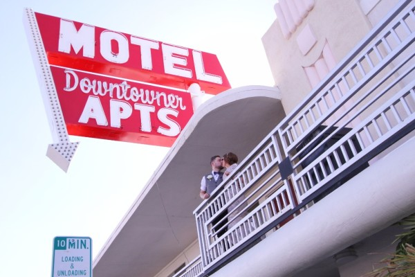 Motel in Las Vegas Wedding Photo