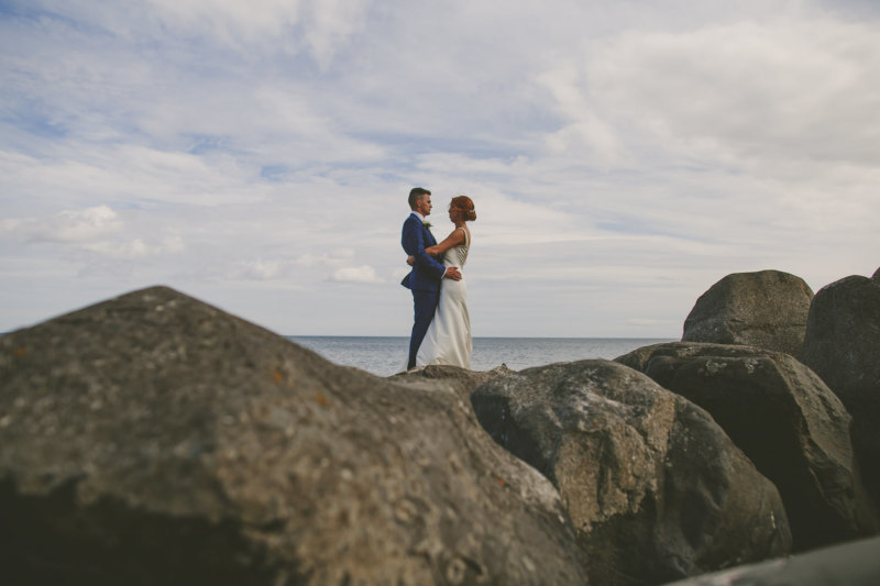 Bride & Groom eloping at Alnwick Castle