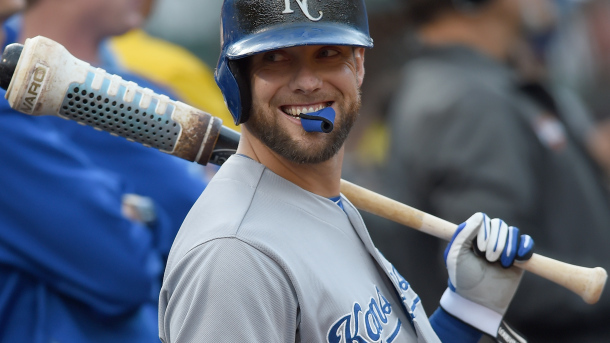 Gordon Re-Signs With the Royals