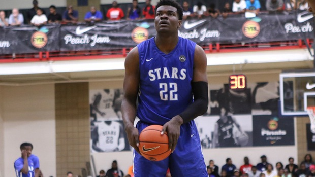 Four Star Recruit Udoka Azubuike Commits to Kansas