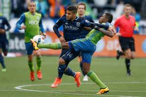 Sporting KC starts season with over Seattle Sounders