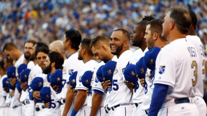 Royals beat Mets in opening rematch of World Series