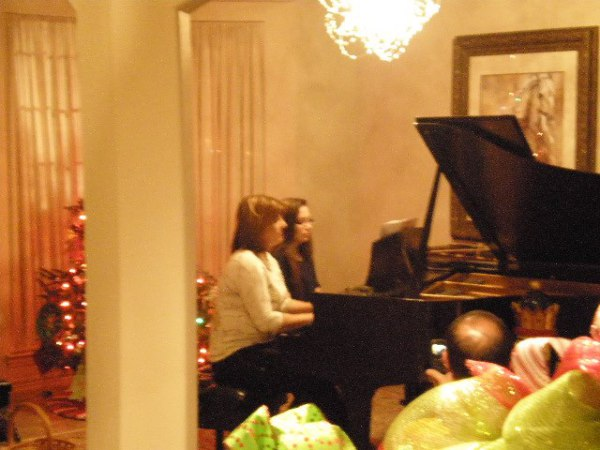 Piano duet at recital