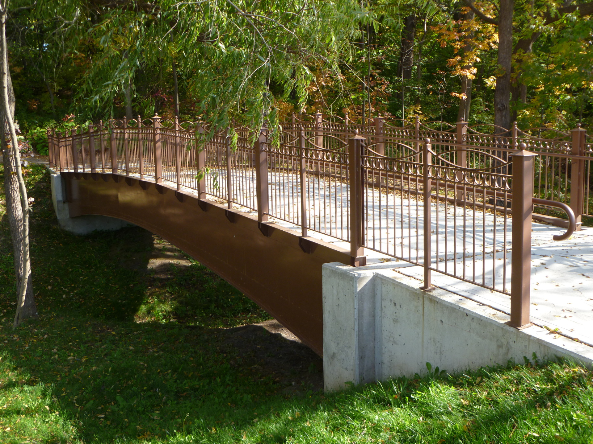 bridge, monument, precast concrete, concrete, materials, steel, cover plates, arch, reinforced concrete deck slab, abutments