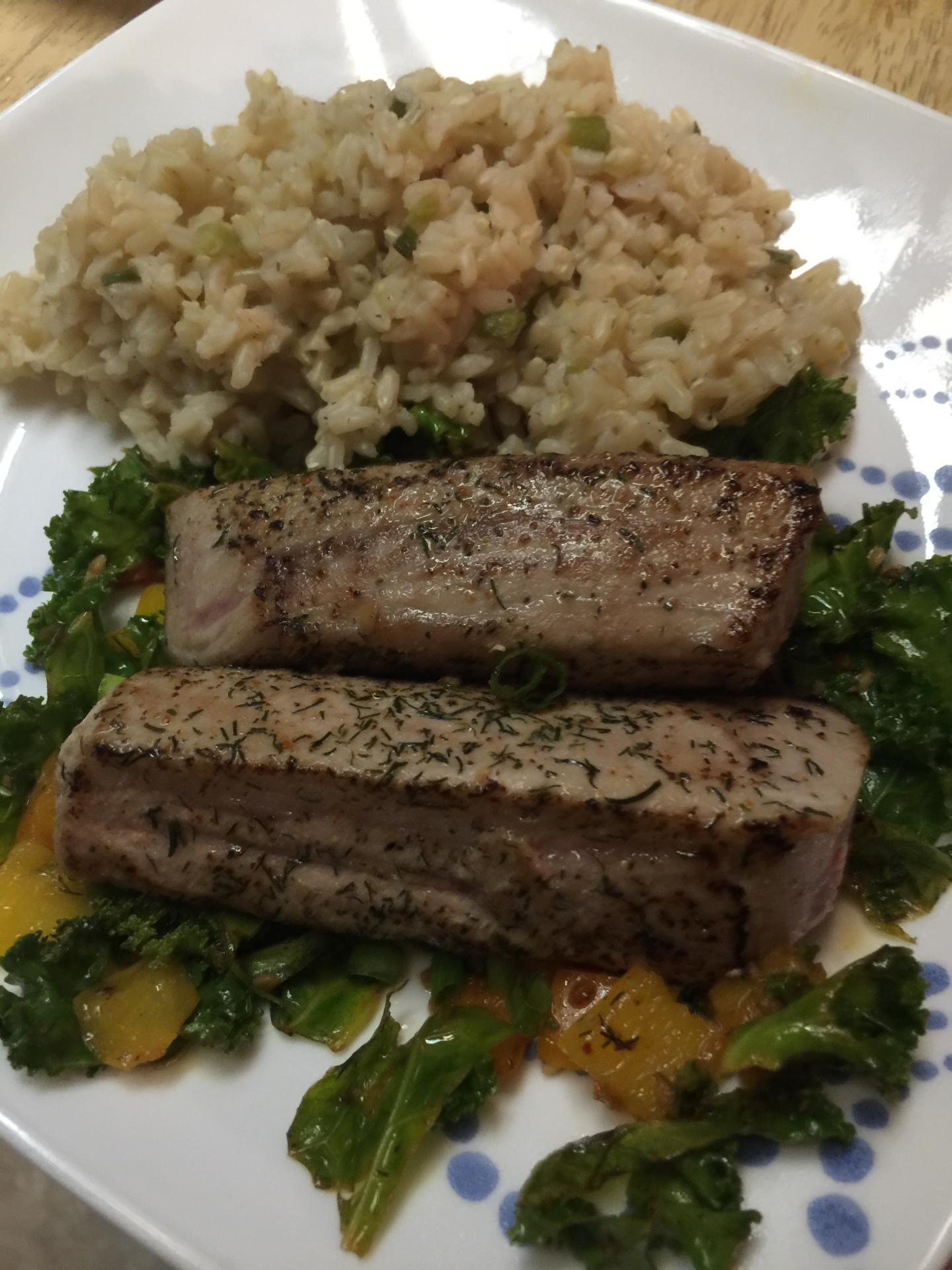 Seared Tuna with Kale and Peppers
