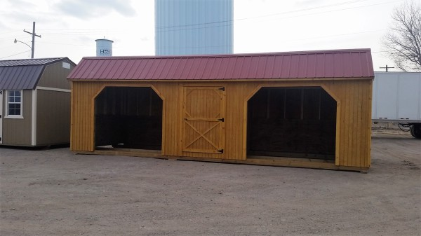 show cattle barn horse shed with tack room