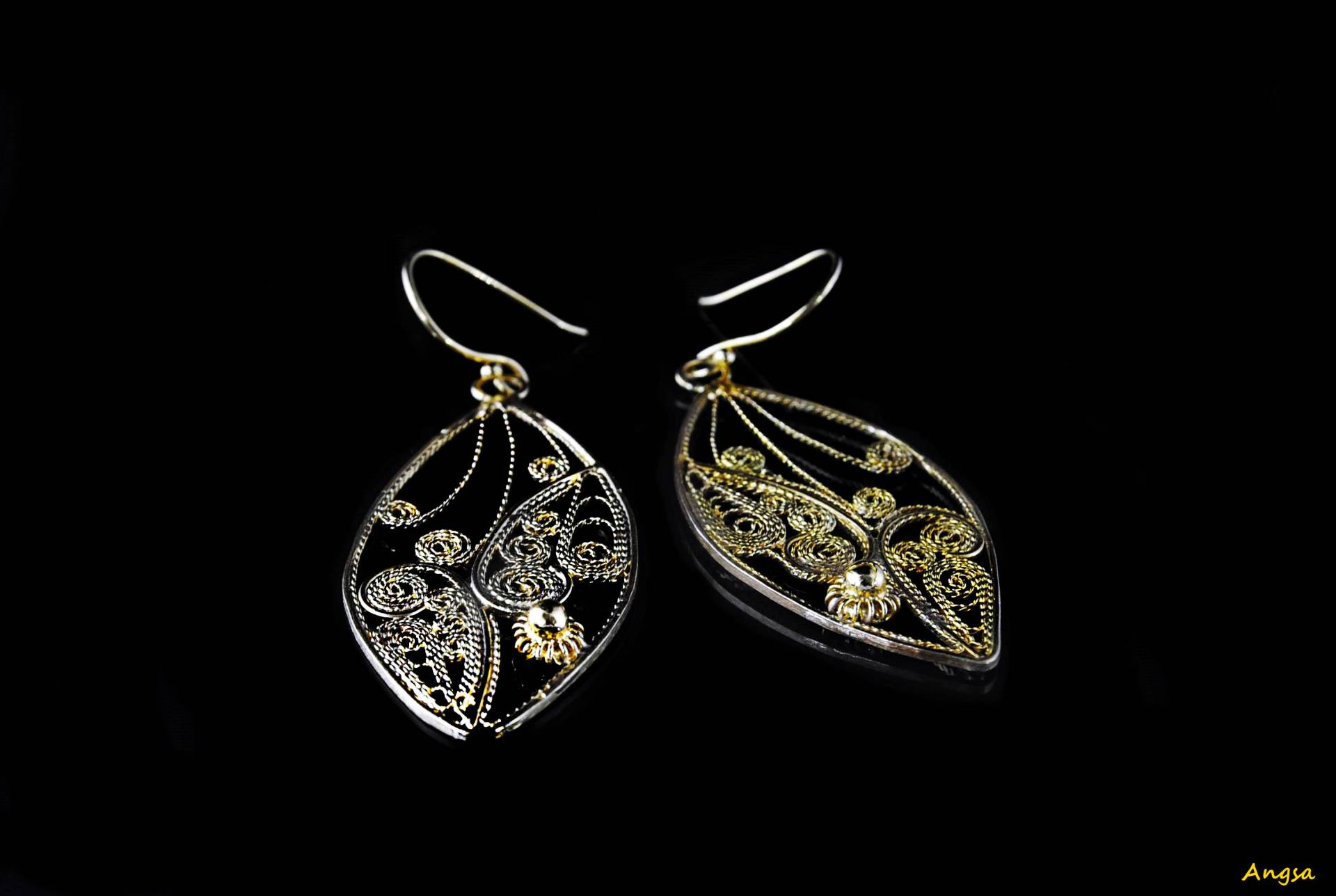 Filigree Gold Earring