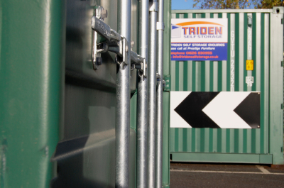 Close up Triden storage container bars