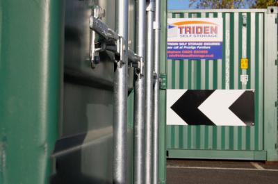 Close up Triden storage container bars