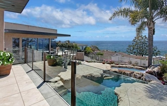 Porcelain Exterior Decking - Laguna Beach Residence