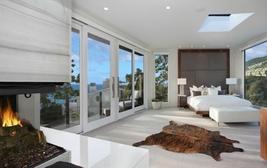 Stone and Porcelain for Floors and Wall - Laguna Beach Residence