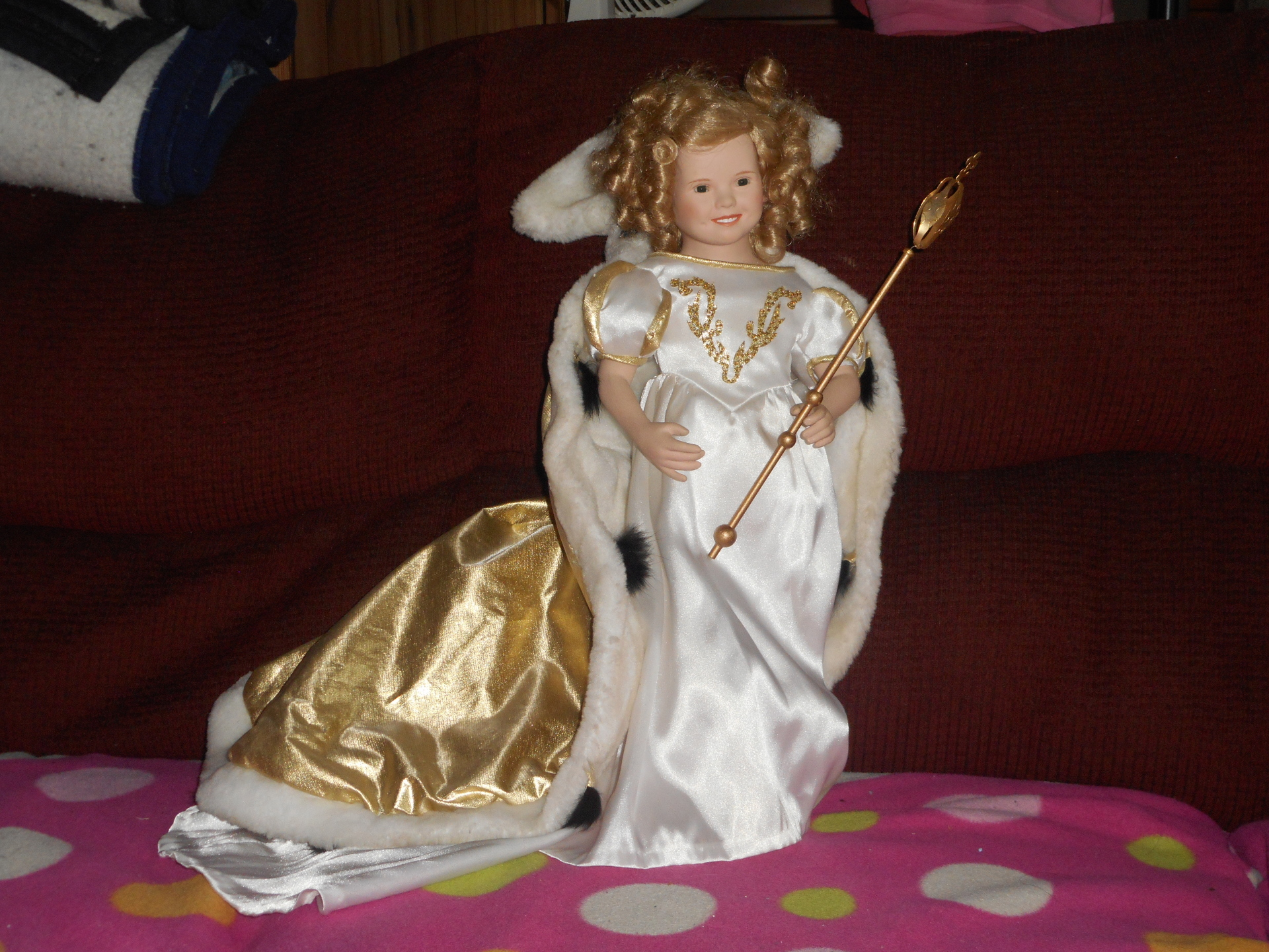Queen/Sorceress China Doll