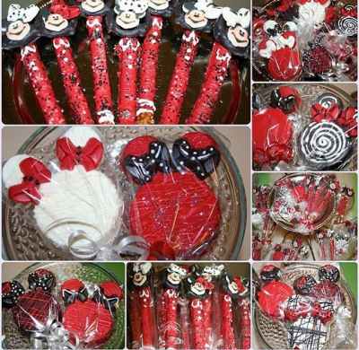 Mickey and Minnie Theme Oreos and Pretzel Wands