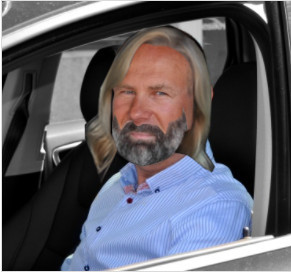 Johnny Hinterseer Nielsen CEO Tlf 27 27 23 01