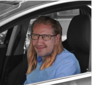 Christian Vildbrandert  Økonomichef Tlf 27 27 23 02
