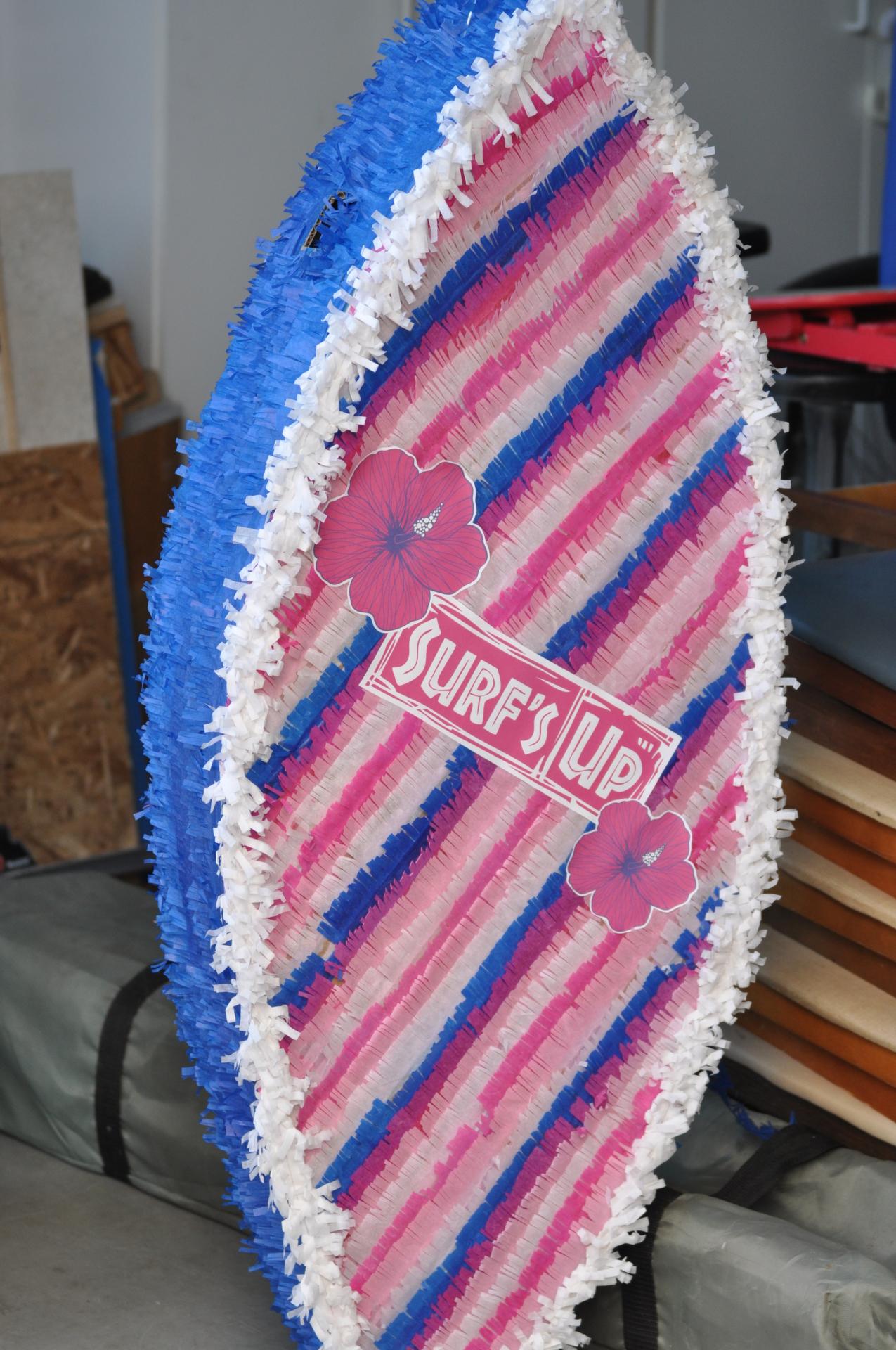 Surfboard Piñata
