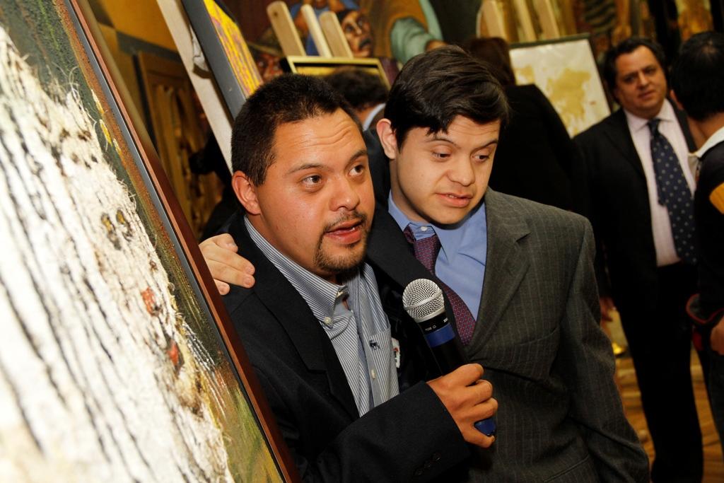 Artistas Erik Navarro y Josafat Calónico