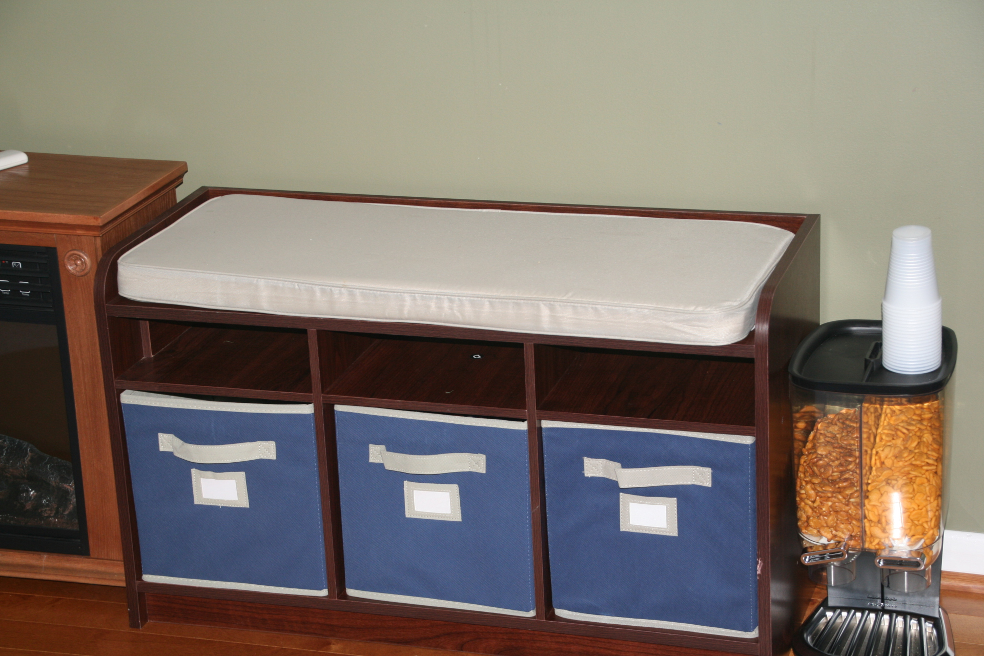 Chris' Storage Bench