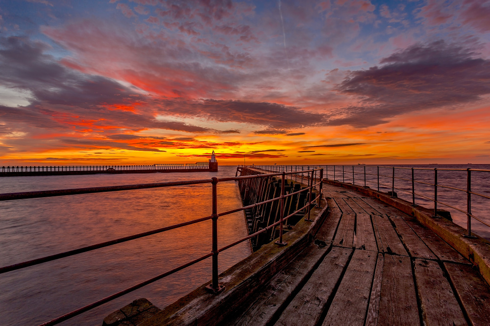 http://johncarsonsphotography.co.uk/blyth-south-pier