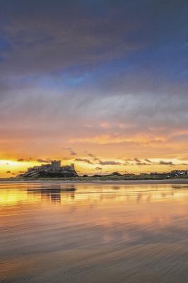 http://johncarsonsphotography.co.uk/bamburgh-castle-sunrise
