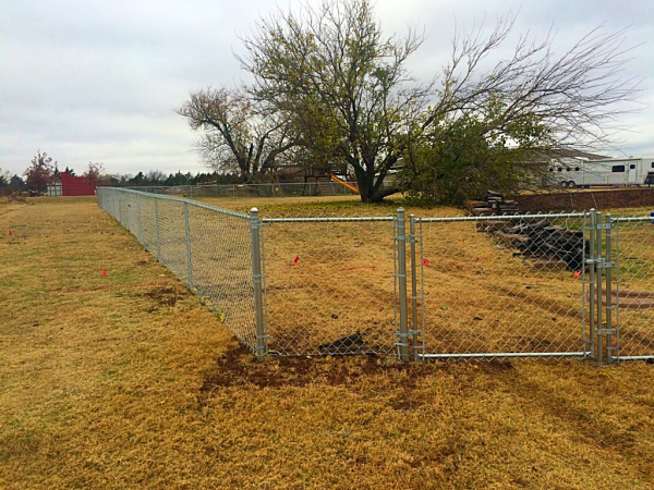 4 ft Residential Chain Link Fence Security Play Yard Edmond Oklahoma Fence Gate Company