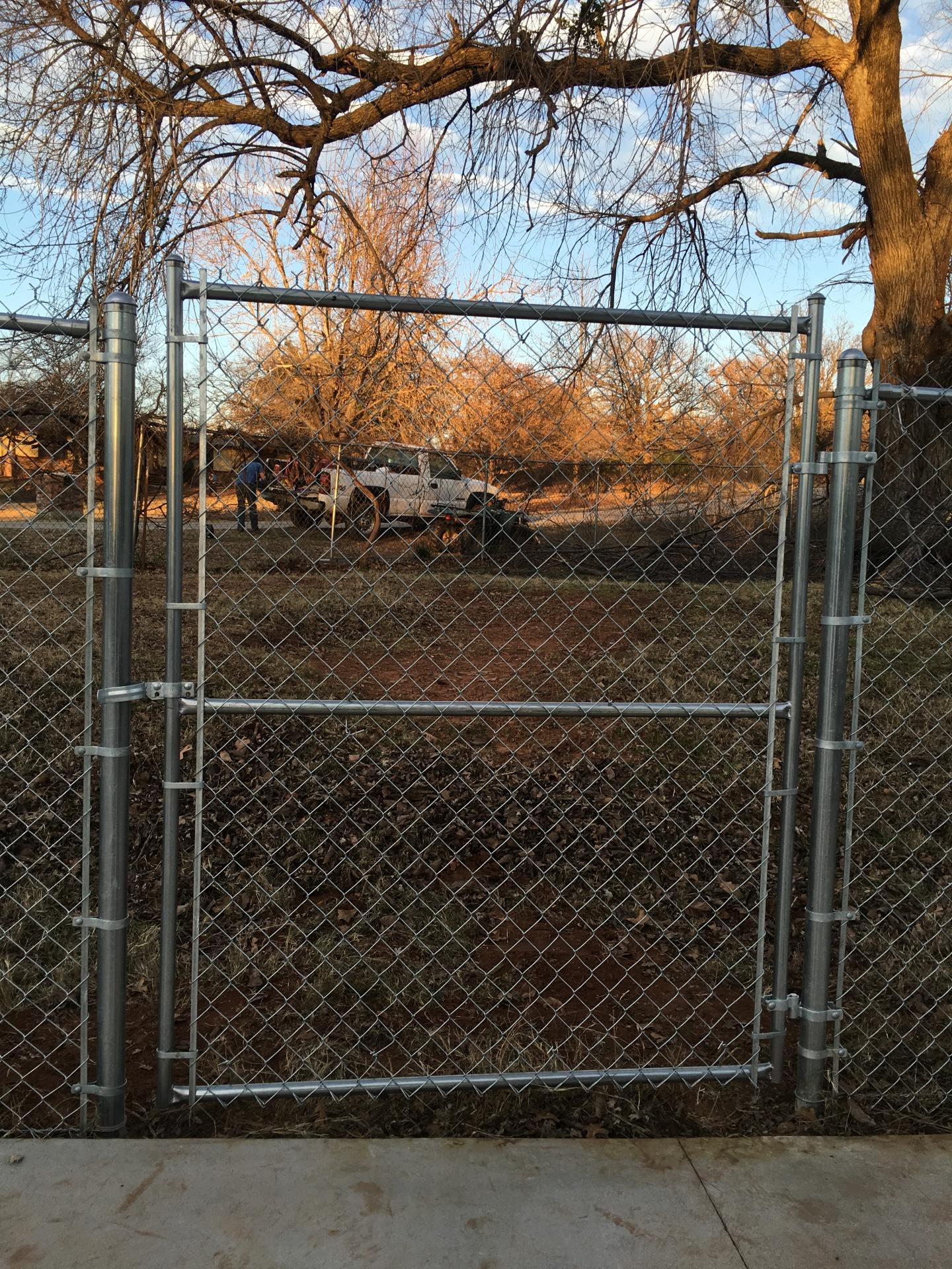 5 ft Galvanized Chain Link Walk Gate Security Play Yard Dog Kids Edmond Oklahoma Fence Gate Company