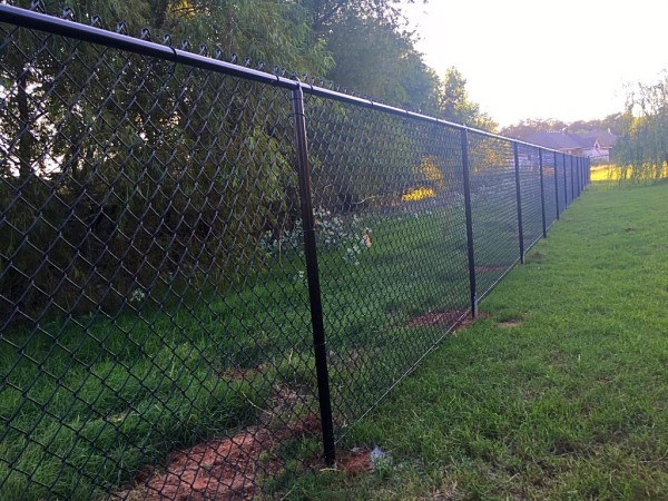 Residential 5' Black Vinyl Chain Link Fence Steel Posts Edmond Oklahoma Fence and Gate Company