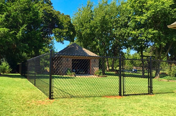 Residential 4' Black Vinyl Chain Link Fence Walk Gate Dog Fence Security Play Yard Kids Edmond Oklahoma Fence and Gate Company