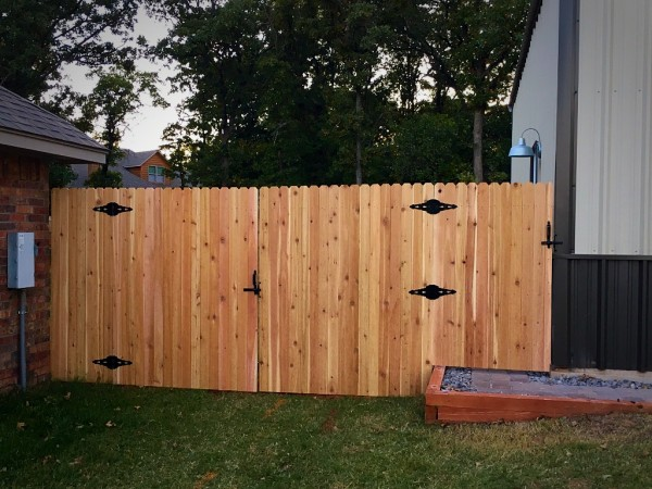 Edmond Oklahoma Fence and Gate Company Security Double Wood Gate with Gate hardware and hinges