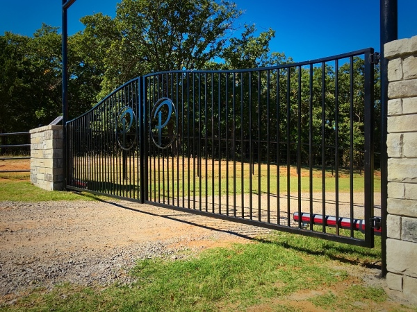 20' Custom Dual Swing Gate